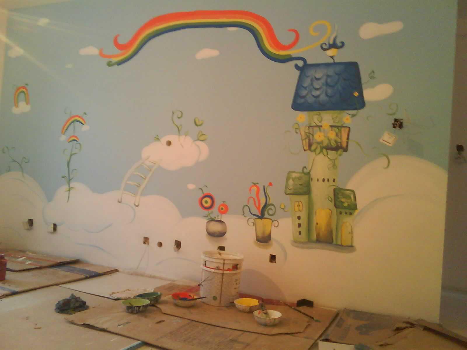 儿童房在墙绘的时候需要注意哪些地方呢?