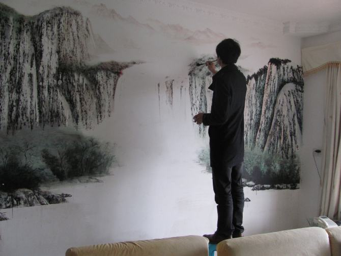 墙体彩绘在搭配的时候需要注意哪些事项呢?